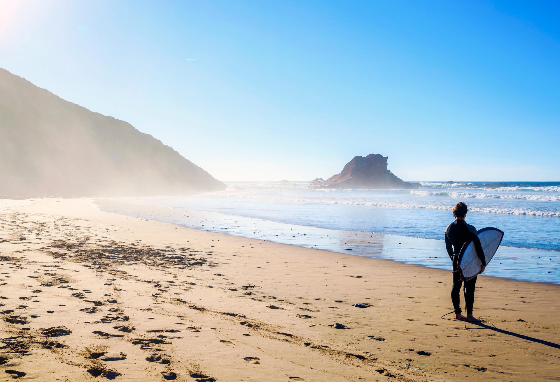 Surfer Au Portugal 10 Spots Incontournables Momomdo Discover