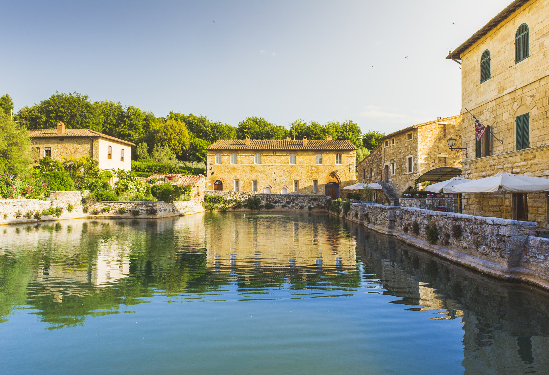 Plongez dans les sources chaudes de Bagno Vignoni