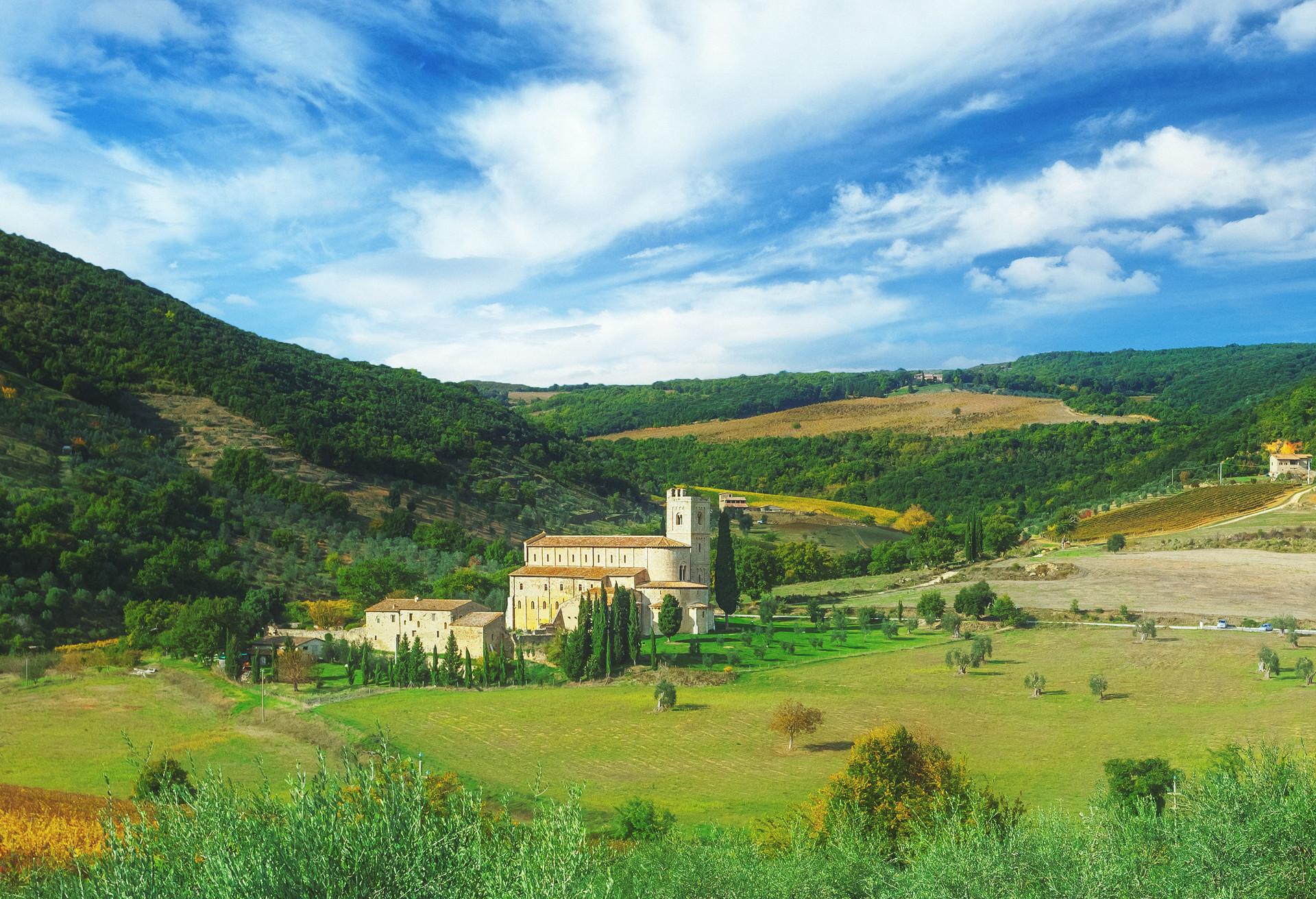 Vous voulez en savoir plus sur le chant grégorien? Rendez-vous à Abbazia di Sant'antimo