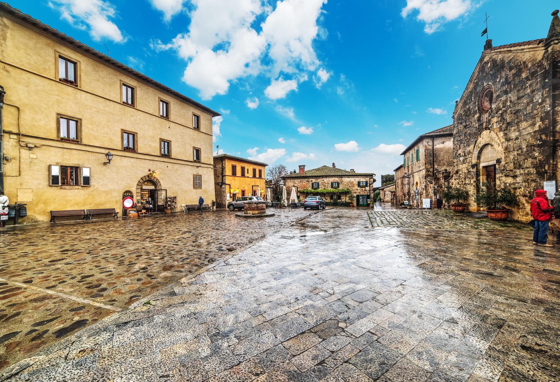 La jolie ville médiévale de Monteriggioni