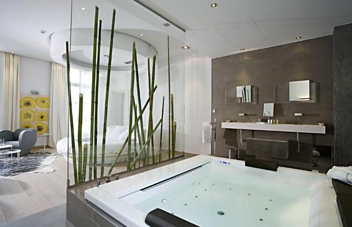 Chambre dhotel avec jacuzzi privatif ile de france Hotel chambre jacuzzi ile de france