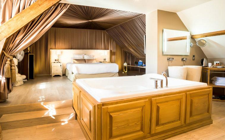 Les Plus Beaux Hotels Avec Jacuzzi Privatif En France Momondo