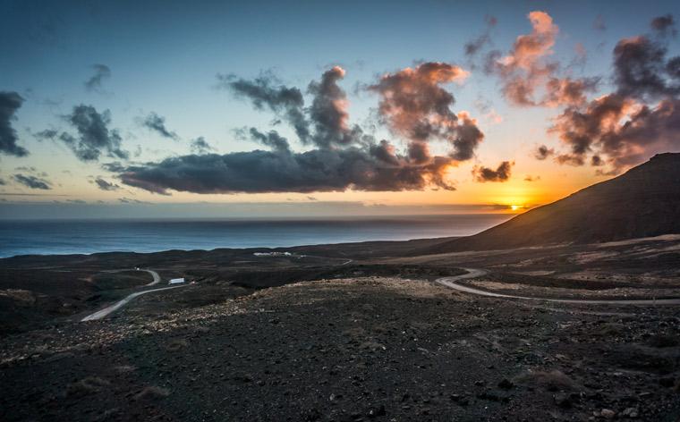 Les îles Canaries : explorez les paysages volcaniques de Fuerteventura