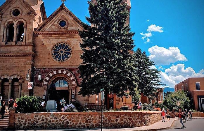 La cathédrale Saint-François est incontournable lors d'une visite à Santa Fe